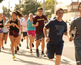 In cross country, team support helps individuals break barriers
