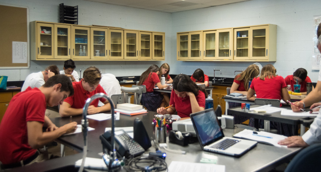 Students work in the upgraded Tridave Lab.